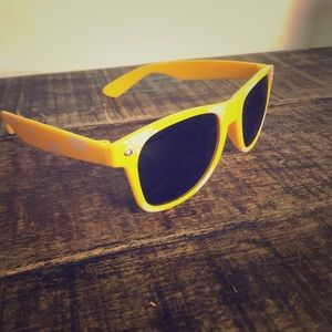 Corona sunglasses. 🕶 ☀️